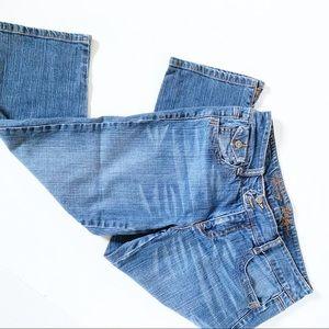 Tommy Hilfiger Size 6 cropped jeans